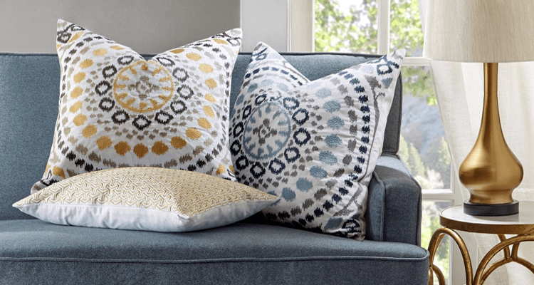 Throw Pillows Ecommerce