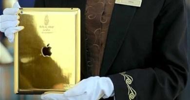 gold ipad offered by burj al arab