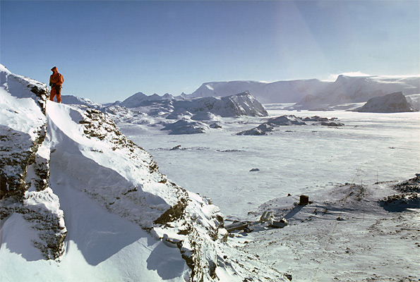 Antarctica Mountains prove it's not an ice ring