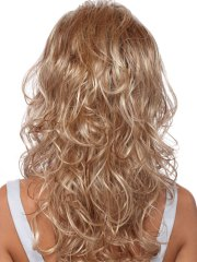 curly hairstyles women love