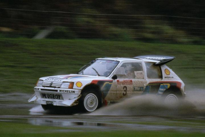 Peugeot 205 Turbo 16 in Veloce come il vento | Numerosette Magazine