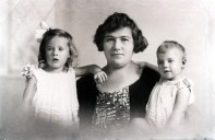 1928 Mothers Treasures