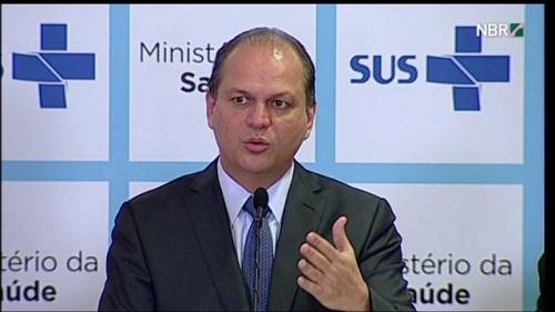 Ministro da Saúde, Ricardo Barros, aponta vários casos envolvendo carga horária de profissionais da saúde. Foto Divulgação/Ministério da Saúde.