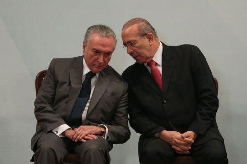 Brasília - O presidente Michel Temer e o ministro chefe da Casa Civil, Eliseu Padilha durante o lançamento do Programa Empreender Mais Simples - Menos Burocracia - Mais Crédito (José Cruz/Agência Brasil)