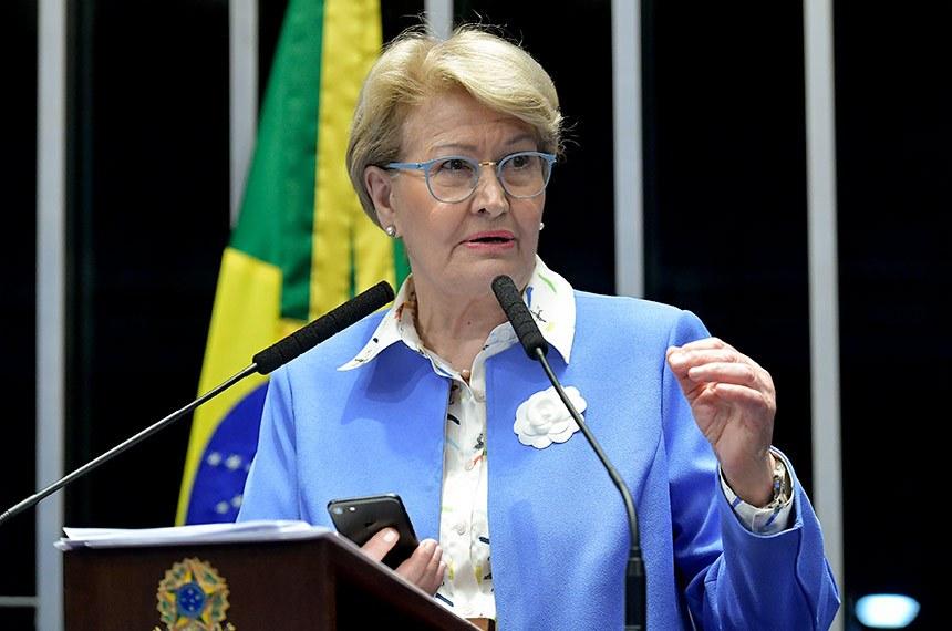 ANA AMÉLIA SUGERE MODELO CUBANO PARA PRISÕES BRASILEIRAS