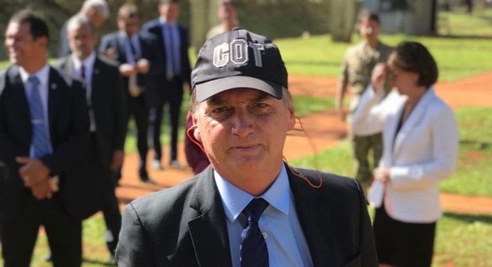 PRESIDENTE JAIR BOLSONARO AUTORIZA GOVERNO CHAMAR A POLÍCIA FEDERAL PARA RETIRAR INVASORES EM PRÉDIOS PUBLICOS