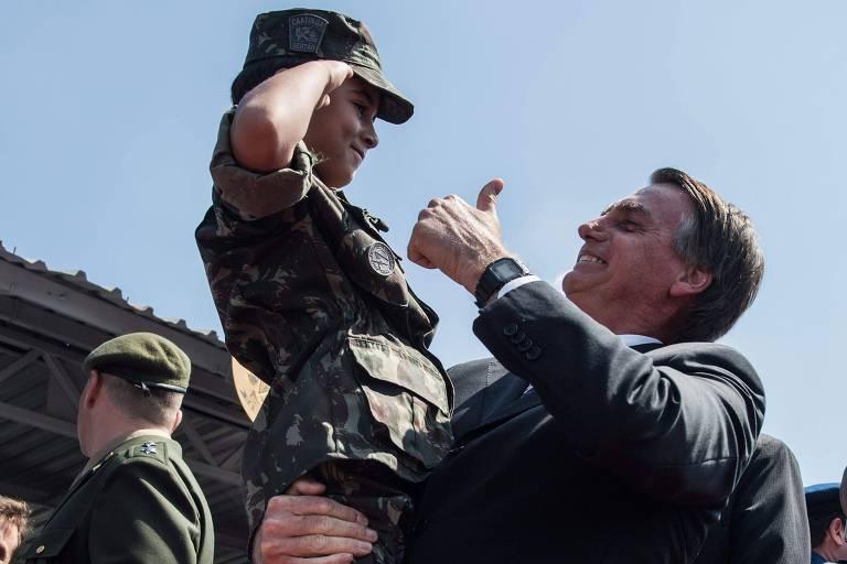 """JAIR BOLSONARO AVISA: """"FOI O BOLSONARO, A DIREITA QUE GANHOU A ELEIÇÃO!""""."""