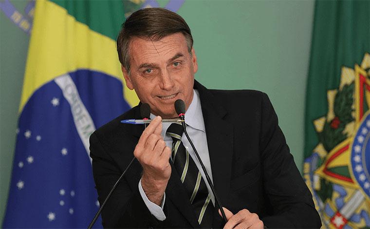 BOLSONARO MANDA CORTAR IMPOSTO DE MEDICAMENTOS PARA AIDS E CÂNCER