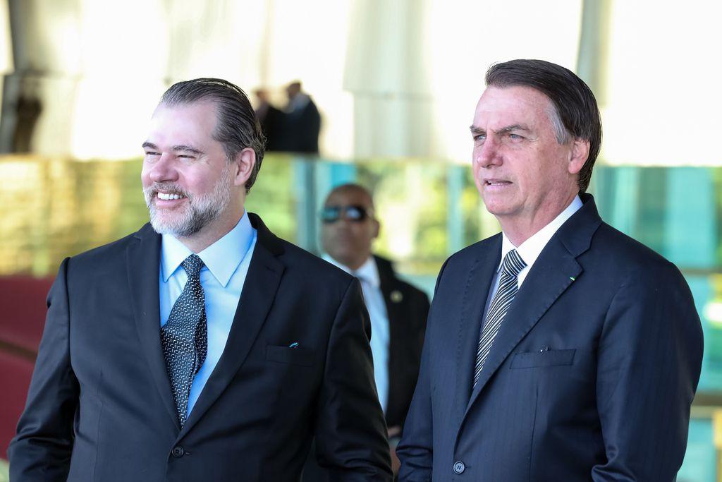 CANETAÇO DO MINISTRO DIAS TOFFOLI ACABA COM REDUÇÃO DO SEGURO DPVAT DETERMINADA PELO PRESIDENTE BOLSONARO