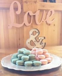 macaron-wedding-display
