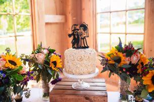 wedding-display-natty-boh-rosette-sunflowers