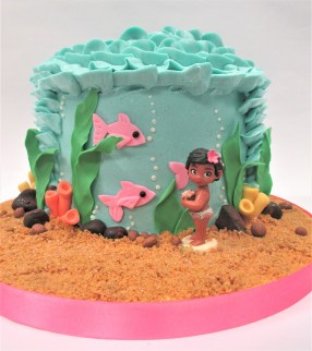baby moana fish sand cake