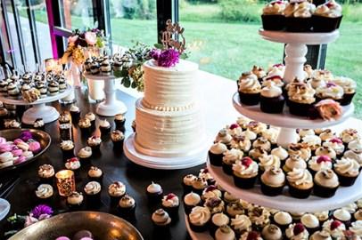 Wedding dessert display - Landon Wise Photography 2