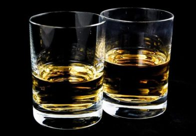 Infographic: The Differences Between Bourbon, Scotch, and Rye