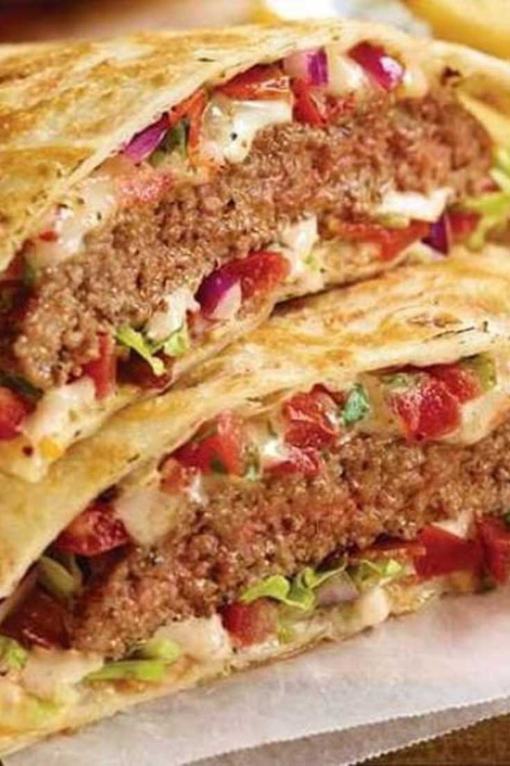 Cheeseburger Quesadillas are the perfect way to use up leftover ground beef. This easy dinner recipe goes from fridge to table in about 20 minutes! #dinnerideas #hamburger #easyrecipe