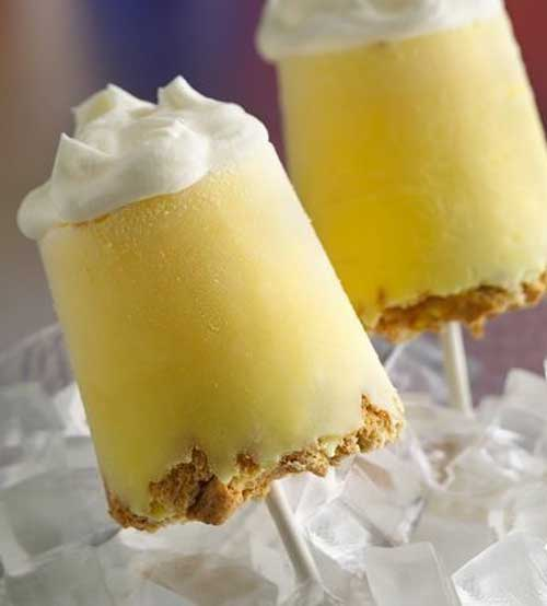 What could be better than a slice of pie? Pie pops! Our frozen take on lemon meringue pie has a graham cracker crust, creamy lemon filling and a fluffy topping. Basically it's your own little piece of heaven–on a stick!