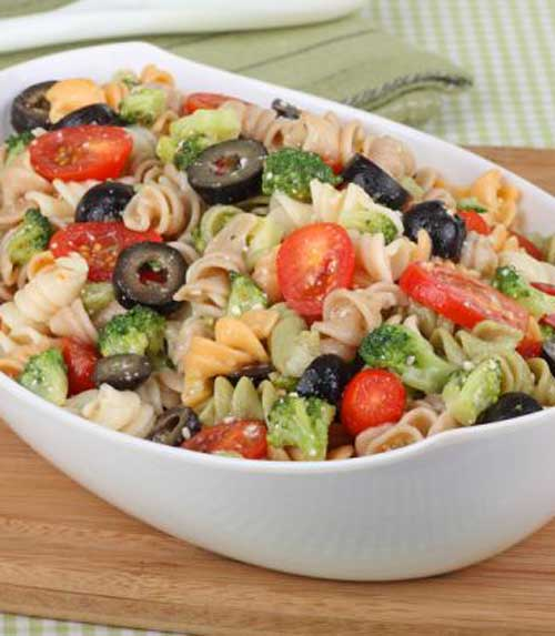 Here is a colorful, tasty Rainbow Rotini Broccoli Salad that is easy to make. It is the perfect side at any BBQ or picnic.