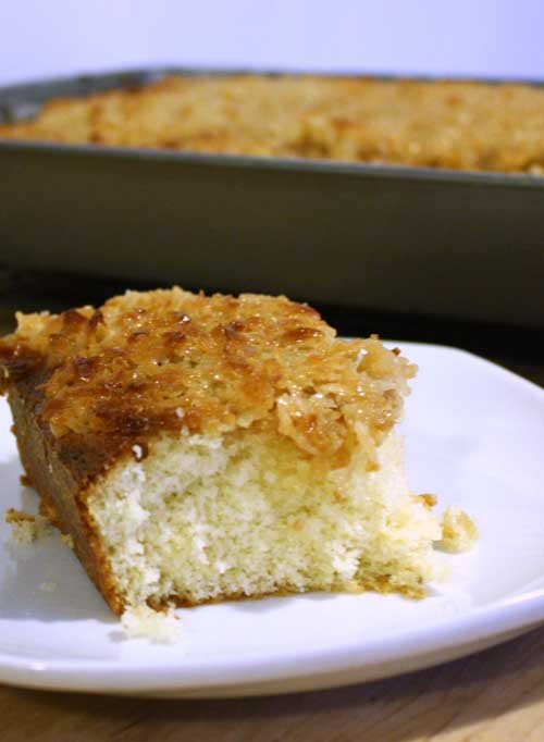 Recipe for Lazy Daisy Cake - There is just something deeply satisfying about this cake's sweet, almost caramelized, topping in combination with the soft fluffy interior.