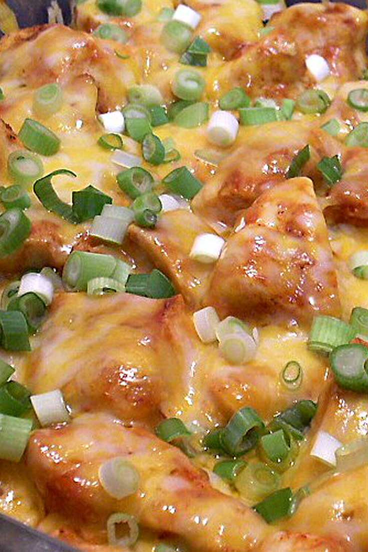ThisMexican Chicken makes a simple, tasty supper. It would be especially easy if you had leftover cooked chicken. It's really good served with Mexican Rice. #chicken #easyrecipe #dinnerideas