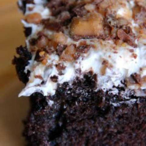 Recipe for Bunco Cake - If you need a chocolate fix this is it! I know that this is a pretty well known recipe and that there are many versions, but this is my favorite one.