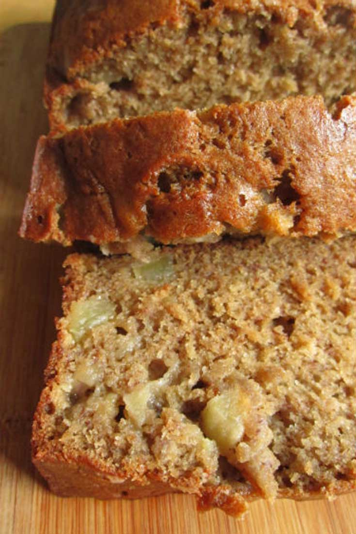Apple Banana Bread? Yes please! Incredible and sooo yummy! The apple adds a great flavor and the house smells GREAT!! #apple #banana #bread