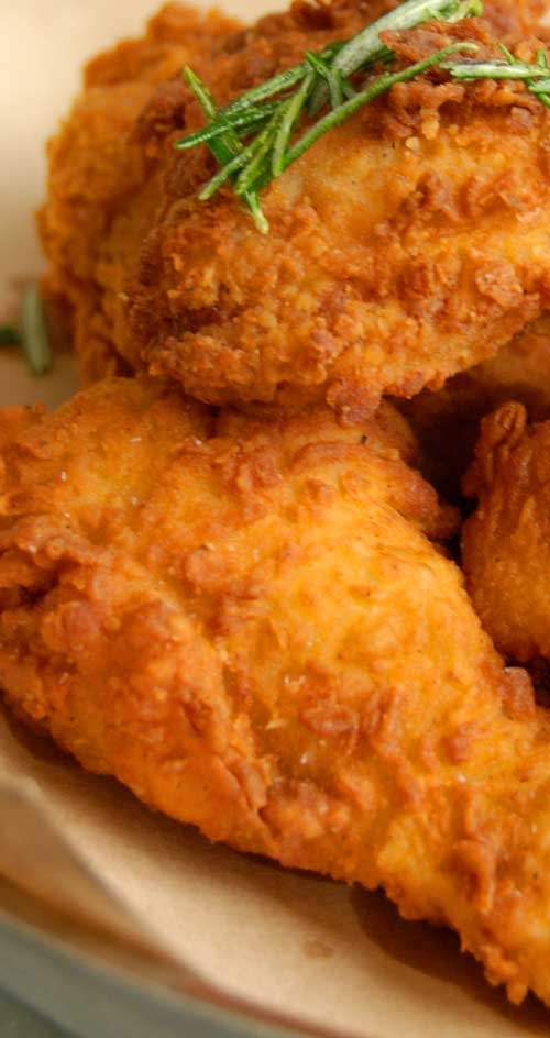 This chicken recipe has no skin. No frying. Just super moist and flavorful. Move over KFC, I think you found your match with my Baked