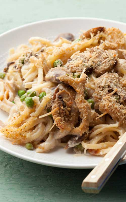 After a few rounds of leftovers, it's great to be able to taste new flavors. This Turkey Tetrazzini does that in easy, one-dish meal.