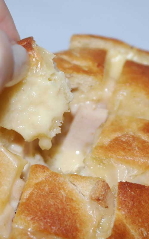 Cheesy Garlic Bread Stuffed With Mushrooms and Ham