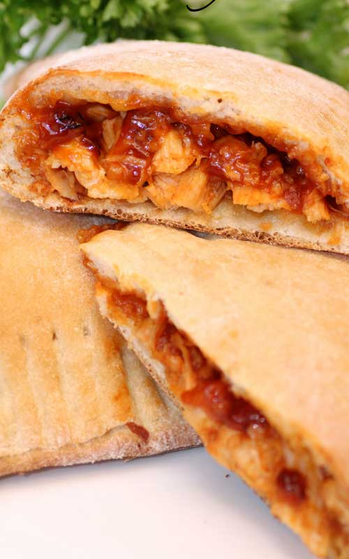 I love how quick and easy theseBarbecue Chicken Calzones are and they only require a few ingredients to make the ultimate BBQ chicken sandwich.