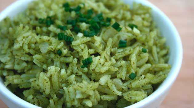 """Recipe for Garlic & Herb """"Green"""" Rice - Nice Mexican twist on boring old rice. A good accompaniment for just about any main course, especially grilled meats."""