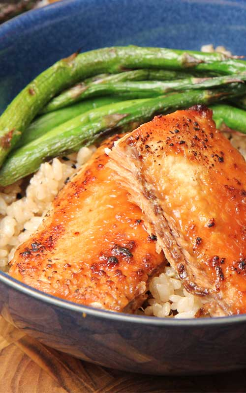 Miso glazed salmon is a meal that can be made within minutes.  This is the perfect recipe for busy days, late work nights and anything in between.