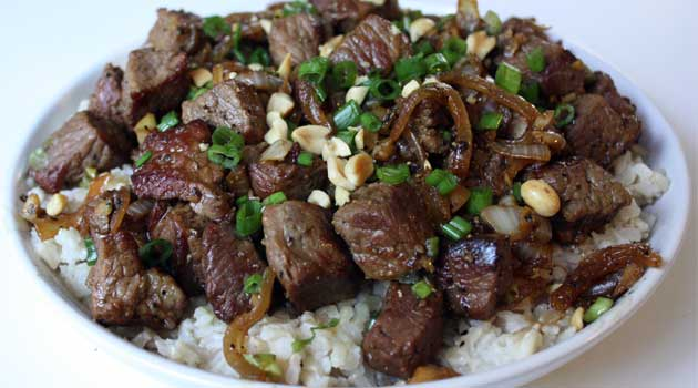Recipe for Vietnamese-Style Garlic Beef - Make this for dinner tonight, it is beyond delicious…mouth-watering really. So much flavor in this super-simple dish.