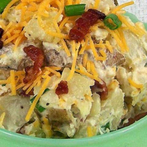 Recipe for Loaded Baked Potato Salad - This potato salad is a little different than the norm (and tastier). It's just like a loaded baked potato!