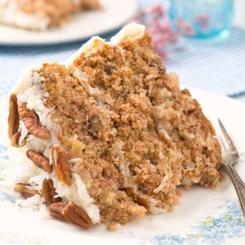 Do you like pineapples, bananas and coconut? Do you like deliciously layered cakes? If you answered yes, then you are going to love this Hummingbird Cake!