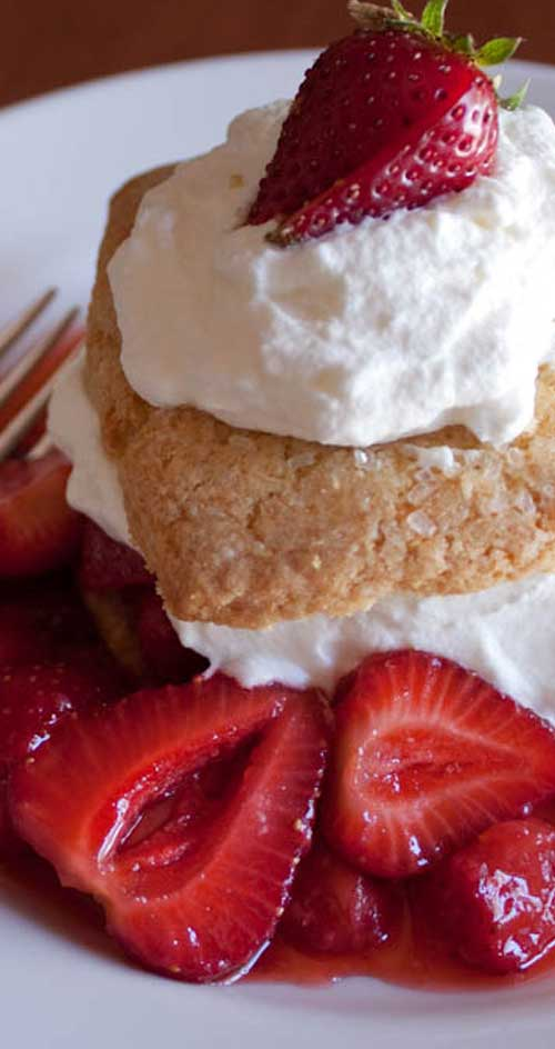 If you have a pint or two of strawberries sitting on your counter and wonder what to do with them, consider this simple, delicious recipe! #strawberries #strawberrydessert #cakerecipe #dessertrecipe