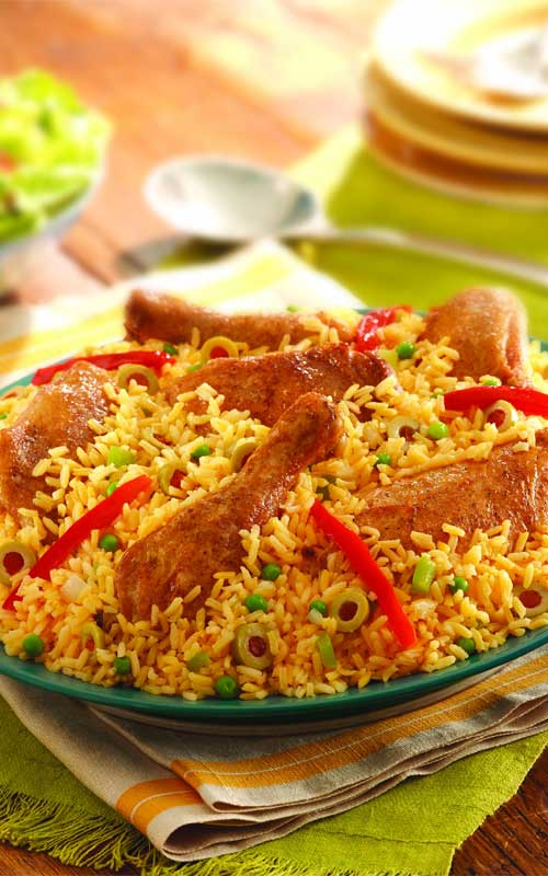 Recipe for Arroz con Pollo - Everyone loves arroz con pollo! Not exaggerating, just being stating facts. Here's a recipe for this amazing chicken and rice dish that will definitely have your guests coming back for more time and time again.