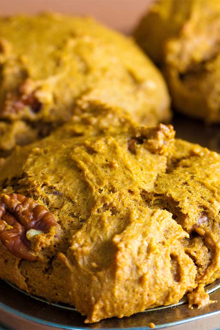 This Vegan Pumpkin Spice Muffin recipe has a wonderful warm, buttery flavor that tastes just like fall. So perfectly soft, moist, dense and delicate that you may just want them every time of year! #pumpkin #vegan #baking #muffins #fallbaking
