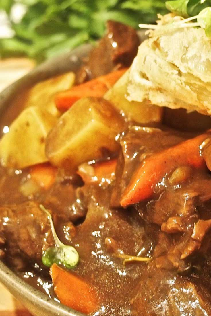 Super hearty and inherently Irish, this rich and robust Irish Guinness Stew will have you begging for seconds! The perfect recipe for a St. Patrick's Day feast. #beef #Irish #stew #dinnerideas