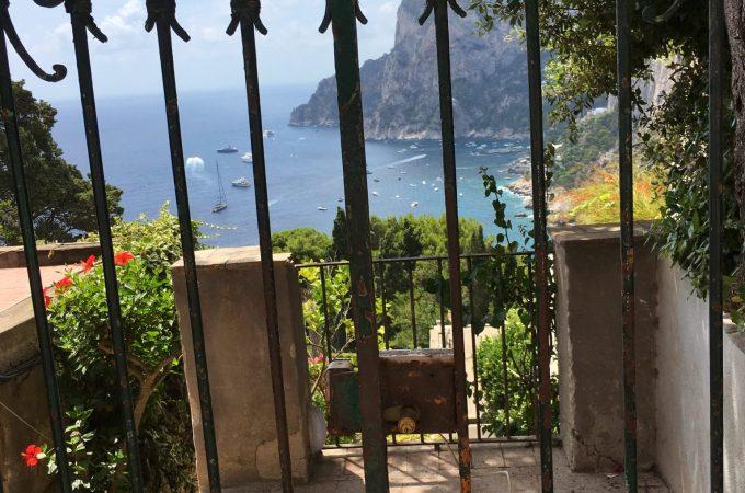 A gate with a view, Via Tragara, Capri