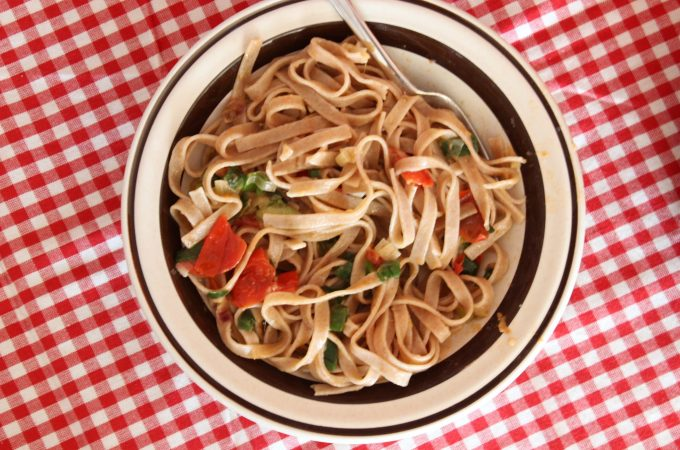 Green onion and tomato fettuccine