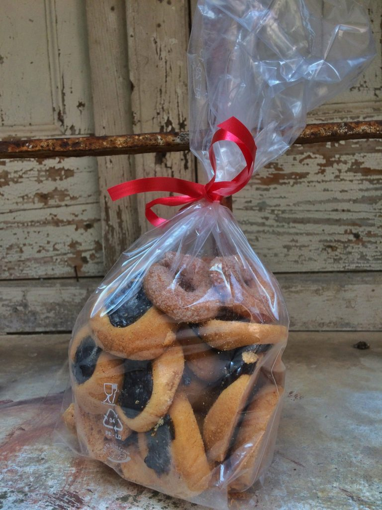 Red Wine Cookies (Biscotti al Vino Rosso) are a delicious way to use up that extra red wine you have on hand!