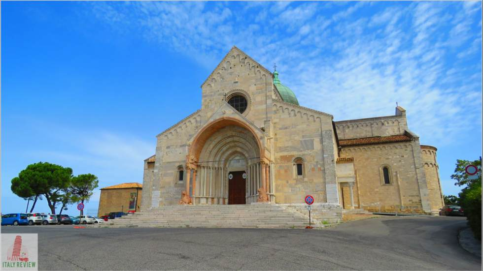 A frontal view of the magnificent San Ciriaco Cathedral in Anona, also known as the Duomo. The church is medieval, in a blend of Romanico and Byzantine styles.