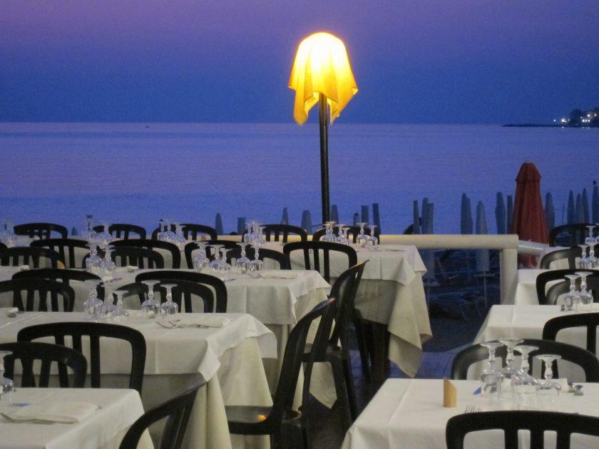Waterfront restaurant in Diamante