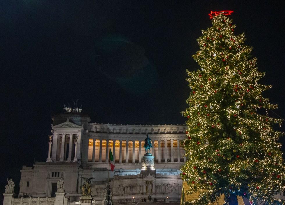 Piazza Venezia Netflix Christmas tree 2019