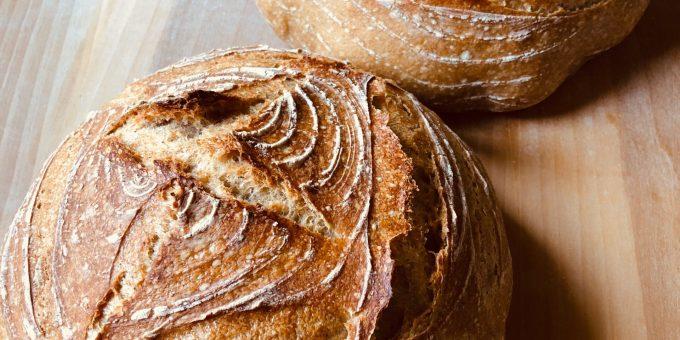 Super easy home-baked sourdough bread