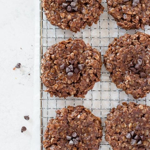No-Bake Chocolate Peanut Butter Oatmeal Cookies are easy, classic no bake cookies made with simple ingredients and they come together in minutes!