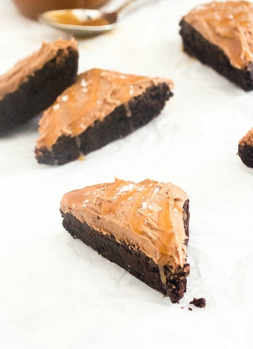 salted caramel cocoa brownies3