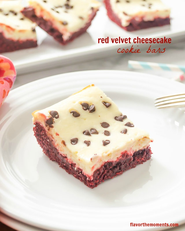 red-velvet-cheesecake-cookie-bars1 | flavorthemoments.com