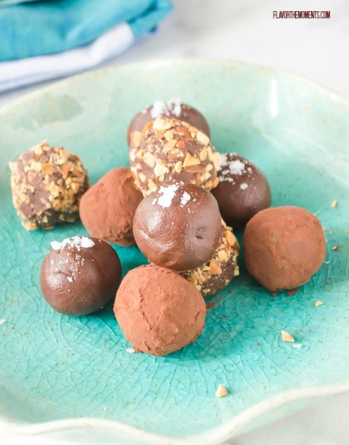 salted-caramel-chocolate-truffles3 | flavorthemoments.com