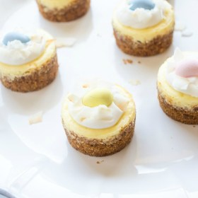 mini-coconut-cream-cheesecakes1 | flavorthemoments.com